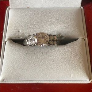 Jewelry - Sterling silver CZ stone ring